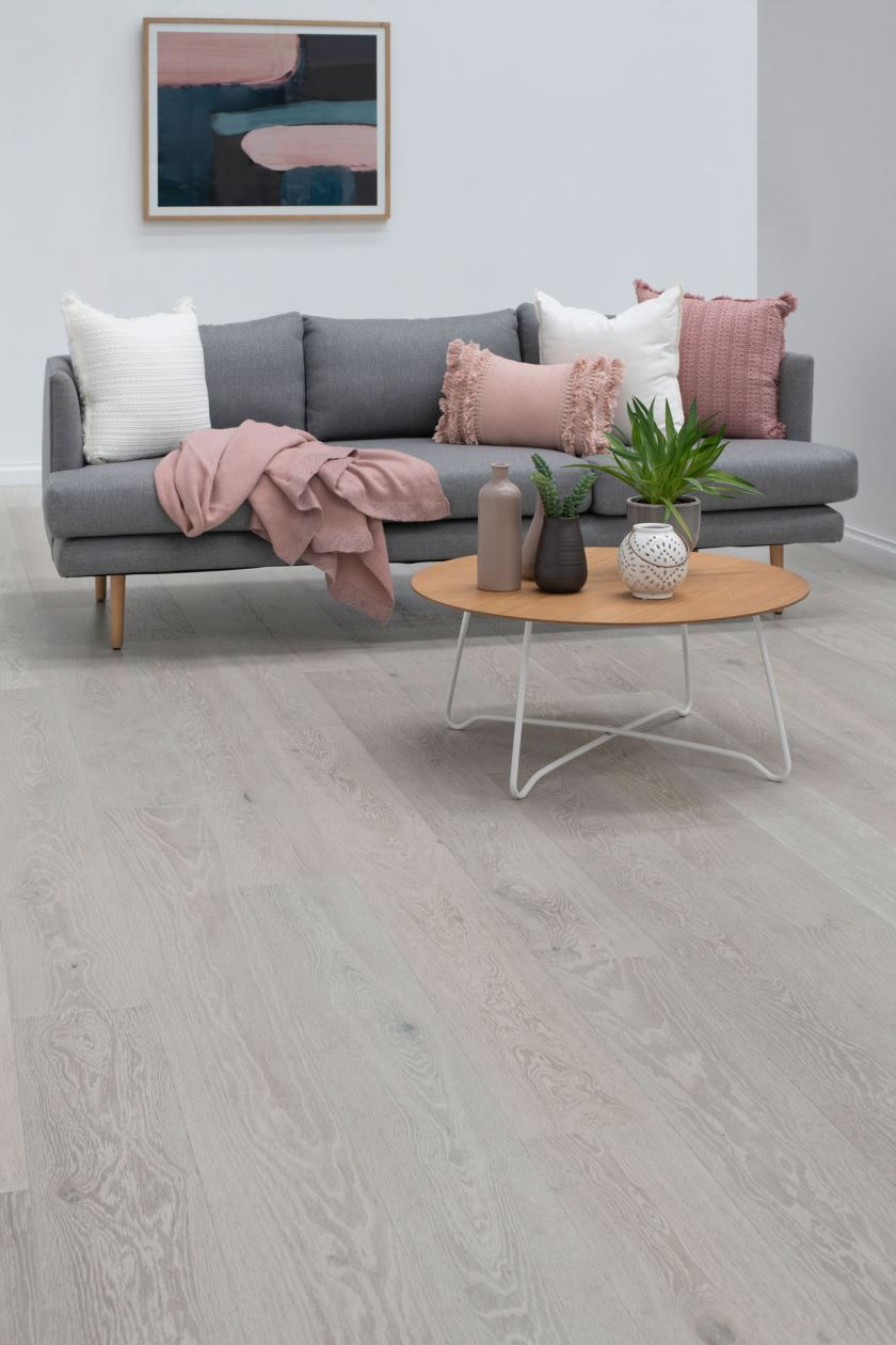 Noble Collection Colour Gunsynd Oak - Image 3